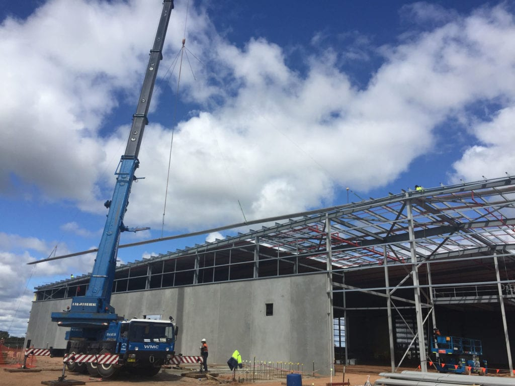Another industrial winery shed completed in 2017 by the team in Griffith, NSW. This building had 55 meter Lysaght Kliplok sheets rolled on site.
